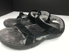 Teva Hurricane Shearling Sandals in Black size 10.   $90 Lke New !!!!