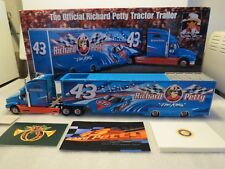 Franklin Mint Official Richard Petty International Tractor Trailer, 1:43 Scale