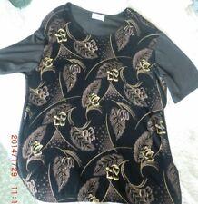 blouse noire motifs dorés manche courte (taille U)