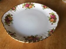 Royal Albert Handled Cake Plate --- Old Country Roses England