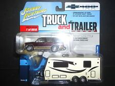Johnny Lightning Chevrolet Tahoe 1997 with Camper Dark Cherry JLSP016 1/64