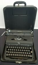 FREE SHIPPING! Vintage ROYAL Quiet Deluxe Typewriter w Hard Case manual portable