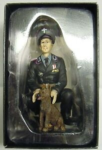 Finished Figure Tank Commander With Dog Otto Padhi, Torro, 1:16, New