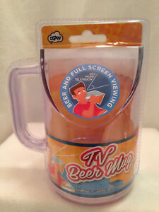 Beer Drinking Angled Viewing  Novelty Mug TV Gag Gift Clear Plastic 16 oz NIP