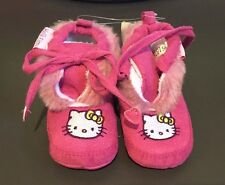 New Boxed BABY GIRL Pink Hello Kitty Soft Bootees Size 20/21 (12 - 18 months)