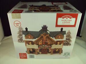 New Holiday Time Christmas Village ~ Hunting Lodge ~ Lights Up!!