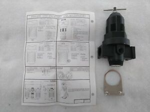 "Master Pneumatic R100-6 Regulator 3/4"" NPT 0-125 PSI Max Inlet 300 PSI"