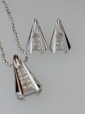 Contemporary Diamond Earrings and Pendant Necklace Fine Jewelry Set