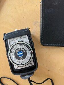 Gossen Luna-Pro SBC Exposure Light Meter with Case, Made in Germany