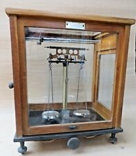 VTG PRECISE SCIENTIFIC SCALE WOOD- GLASS CASE FOR PHARMA Chemical LABORATORY