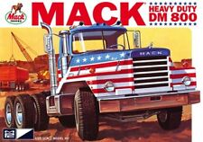 Mack Dm800 Semi Tractor 1/25 MPC 899 Plastic Model Kit Truck