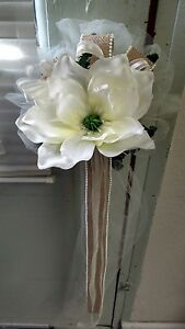 8 IVORY MAGNOLIA WITH BURLAP WEDDING PEW BOWS RUSH ORDERS AVAILABLE