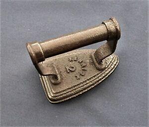 Victorian Kenrick No 2 Cast Iron Concave Base Sad Iron - Collars & Cuffs Etc