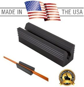 HEAVY DUTY RUBBER  VISE GOLF CLUB SHAFT VICE CLAMP RE-GRIP TOOL 3.5 inches long