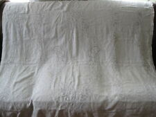 VTG LINEN TABLECLOTH WITH MOSAIC LACE PUNCHWORK