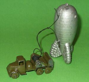 Britains Miniature / 1855 Barrage Balloon & Dodge Truck Set