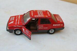 miniature BURAGO Fiat Regata rallye