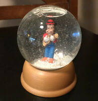 The First Limited Edition Walt Disney Crystal Snow Globe Horace Horsecollar