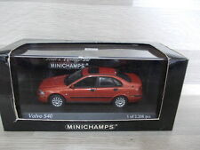 Minichamps 1/43 - Volvo S40 -  2000 - rot met