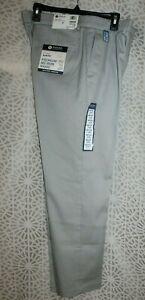 NWT Men's Haggar Premium No Iron Khaki - Slim Fit - $55 - 34 X 29 - Lt. Gray