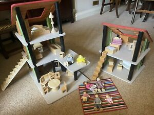 Plan Toys Chalet 7602 Wooden Dolls House And Furniture Figures