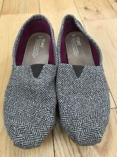 Tom's Women's Size 9 Canvas Brown Herringbone Flats Shoes