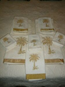 AVANTI PREMIER CREAM WITH GOLD EMBROIDERED PALM TREE TOWEL SET