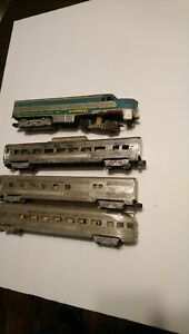 American Flyer S Scale Train Alco PA1 Comet & 3 Streamlined Passenger Cars C-2