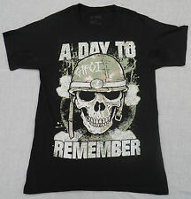 """A DAY TO REMEMBER EUROPE 2013 TOUR GENUINE HANES T-SHIRT SMALL PIT TO PIT 18"""""""