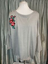 NWT Olivia Sky Women's Plus Size Top 3/4 Ruffle Sleeve Floral Appliqué Size XXL