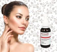 Markenlose Gesichtspflege-Produkte mit Serum-Anti-Falten