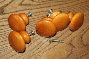 5 Knobs Knob Set Pulls Craft Dresser Hardware WOOD Wooden Used Screws SHIPS FREE