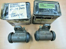 NOS 1955 1956 1957 CHEVROLET FRONT WHEEL CYLINDERS (PAIR) 5455477 & 476