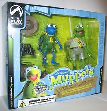 The Muppet Show Frog Scout Leader Kermit Blue Robin Variant Palisades Figure