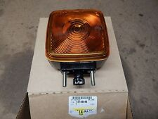 1990-2009 TOPKICK KODIAC C4500 C5500 HOOD TURN SIGNAL LAMP NEW GM # 15148648