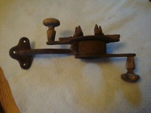 "ANTIQUE ""FAMILY CORN SHELLER HARRISBURG, PA."" COUNTER TOP-WOOD HANDLE-CAST IRON"