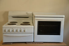 Westinghouse 1350 Elevated Electric Oven and Cooktop