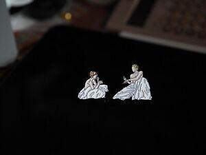 Julie Andem Movie SKAM EVAK Gullruten CMBYN Metal Badge Pin Brooch Rare 2pcs N