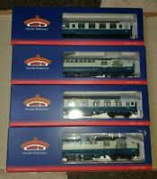 OO gauge Bachmann BR Blue & Grey Coach boxed various