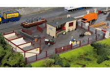 Piko HO Scale 61153 Classic Line Neustadt Gravel Yard, Building Kit (HO-Scale)