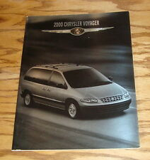 Original 2000 Chrysler Voyager Deluxe Sales Brochure 00