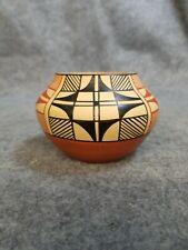 Jemez Pottery Pueblo Native American Indian Clay Pot, signed D. Tosa