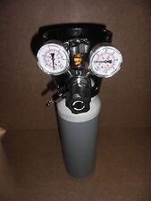 Bombola Ossigeno o Argon  da 2,9  litri e riduttore  saldatura cannello o tig