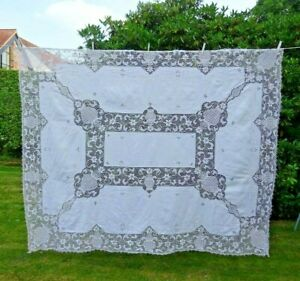 ANTIQUE EMBROIDERED LARGE LINEN TABLECLOTH / BEDSPREAD DEEP BORDER  84 X 67 INCH