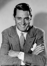 CARY GRANT UNSIGNED PHOTO - 8078 - HANDSOME!!!!!