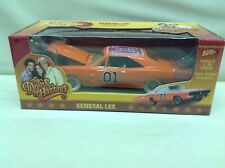 Dukes Of Hazzard Chase Car 1/25 General Lee 1969 Charger White Lightning 2011