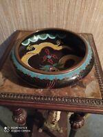 Coupe en Laiton Cloisonné Emaux polychromes à décor de dragons signée