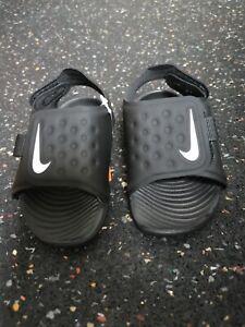 Nike / Sunray Adjust 5 (TD) / NEU / schwarz / Kinder / Gr.21