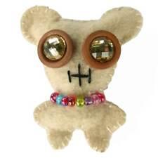 Broche enfant personnage beige feutrine originale gros yeux strass collier perle