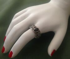 PRETTY STERLING SILVER VINT RING - RED GEMSTONE & MARCASITE - SIZE K 1/2 (5.5)